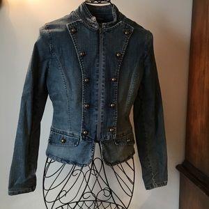 Super fashionable military-style denim Jacket